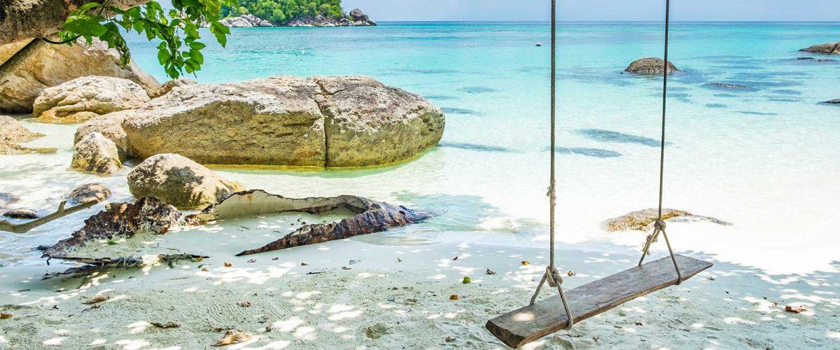 ที่พักเกาะช้าง ทะเลสะอาด หาดทรายขาวบริสุทธิ์ ท่ามกลางภูเขาและ ...